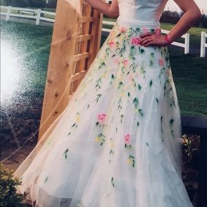 Sherri Hill stunning two/piece white, floral gown